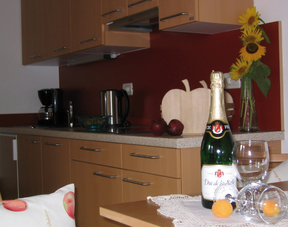 La cucina completamente arredata